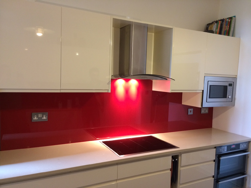 Toughened glass splashback in maida vale london