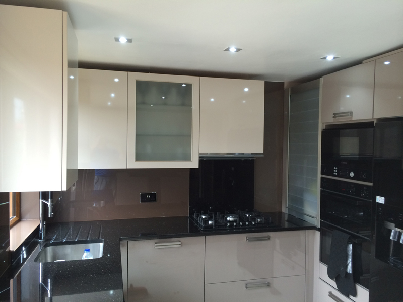 Glass splashback in edmonton north london