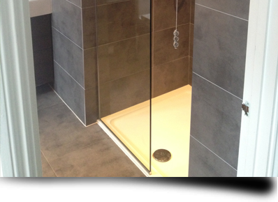 Bespoke Shower Screens and Enclosures from Splashbacks of Distinction