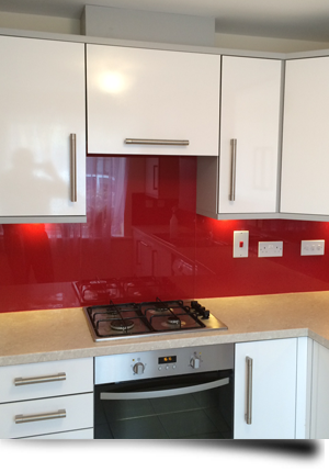 Modern living with glass from Splashbacks of Distinction