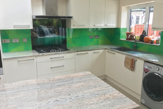 Popular patterns printed kitchen splashbacks