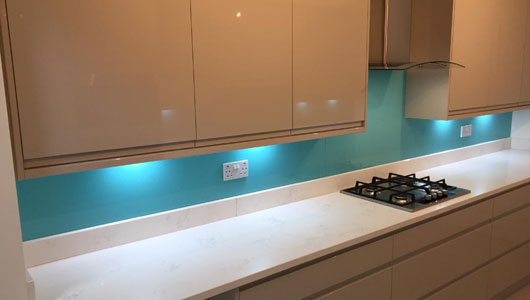 Tiffany blue kitchen splashbacks